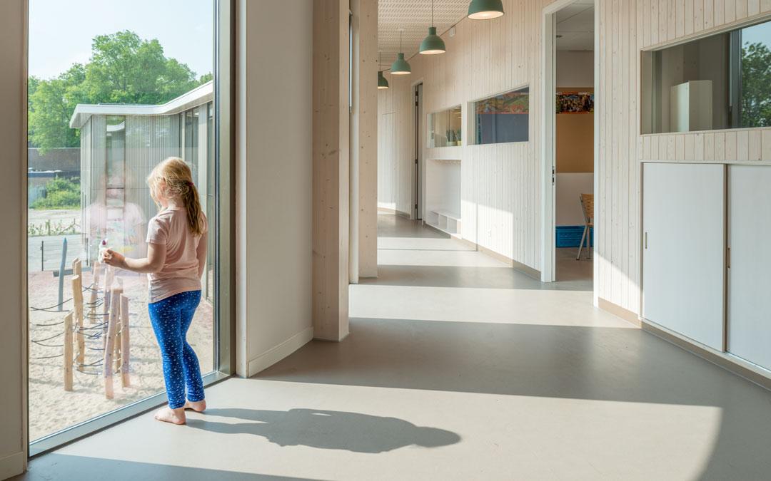 Corques Liquid Lino Fußboden Grundschule