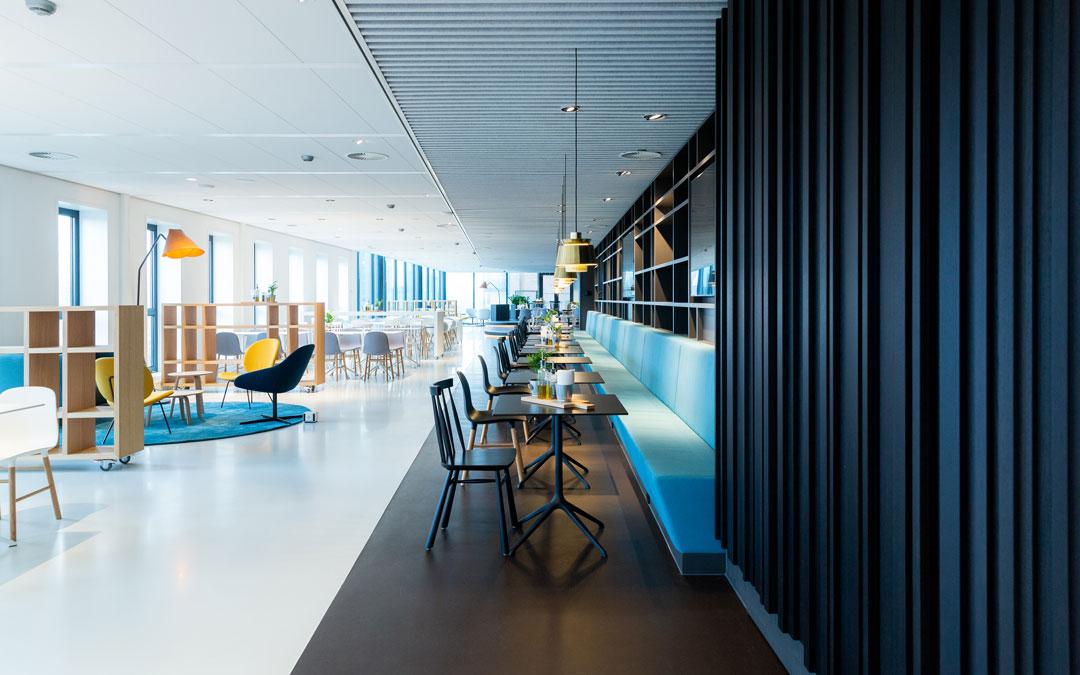 Fußboden Corques Liquid Lino im Office Aon